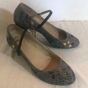 """CAMPER"" Leather Embroidered Ladies Shoes ."